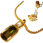 Gorgeous SWAROVSKI Signed Peridot Green Rhinestone Pendant Necklace