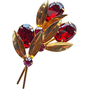 Gorgeous Red Oval Rhinestone Vintage Brooch