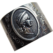 Antique Cameo Design Silverplated Napkin Ring