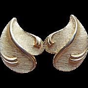 Gorgeous Hattie Carnegie Signed Vintage Earrings