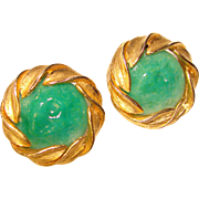 Gorgeous GREEN GLASS Vintage Clip Earrings