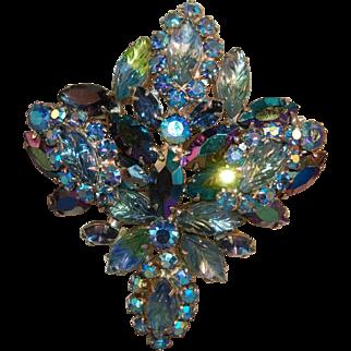 ALLURING Juliana DeLizza & Elster Iridescent Molded Leaf & Aurora Borealis Rhinestone Large Dimensional Brooch