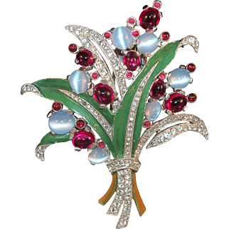 Exquisite Crown Trifari Alfred Philippe Simulated Moonstone/Rhinestone Enameled Figural Bouquet Fur Clip/Pin