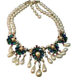 EXTREMELY RARE Crown Trifari Jewels of India Exquisite Bib Necklace w/Simulated Pearl Dangles