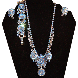 Iridescent Rivoli Juliana Delizza & Elster Necklace, Earrings and 5 Link Bracelet Set