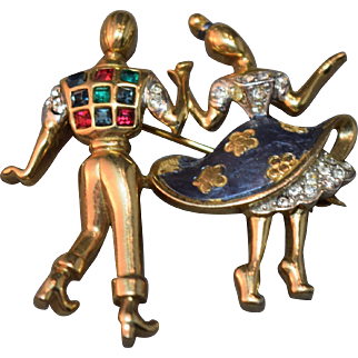 Charming Vintage Signed Boucher Pat No 3259 Figural Square Dancing Couple Rhinestone & Enameled Brooch