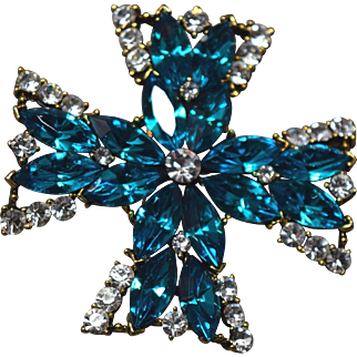 EXCEPTIONAL Signed Weiss Turquoise Blue & Crystal Large Maltese Cross Brooch!