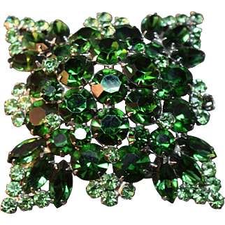 ENORMOUS Domed Layered Emerald Rhinestone Embedded Juliana D&E Brooch