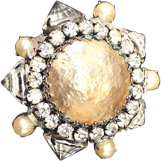 Schreiner New York Domed Inverted Rhinestone & Huge Simulated Mabe Pearl Brooch!