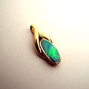 Vivid Vintage 14K Gold Fiery Opal Gemstone Diamond Pendant