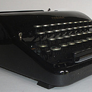 Vintage LC Smith Corona Standard Glossy Black Typewriter with Case