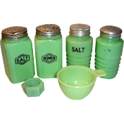 6pc Vintage Jadite Jadeite S&P Shakers Measuring Cup & Salt Cellar