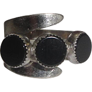 Beau Sterling Silver Ring with 3 Black Stones