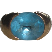 10k Gold Ring with Oval Blue Faceted Stone  4 Grams