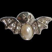 Vintage Silvertone Halloween Bat Pin Tie Tack