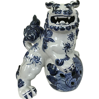 Antique Canton Chinese Blue and White Foo Dog