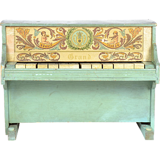 Toy Piano For Display with Dolls, Works