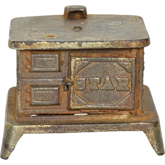 """""""Star"""" Cast Iron Stove for Doll Kitchen"""