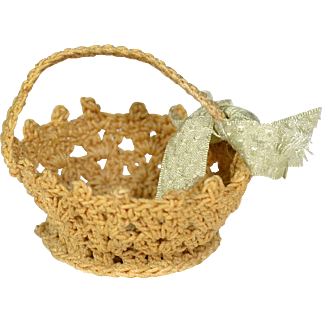 "Hand Crocheted Basket for 6"" to 12"" Doll"