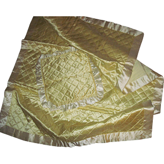 Lovely Pale yellow Satin comforter & pillow cover for Dydee Dolls & Friends Free P&I US Buyers