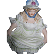 NAUGHTY Shef Sitter Pin Dish Bisque  Bonnet Lady Free P&I US Buyers