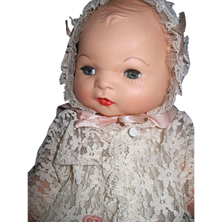 "14"" Beautiful Baby doll in Christening Dress Free P&I US Buyers"