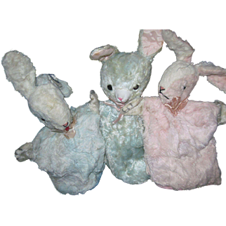 3 Bunny Rabbit puppets Gund & character Free P&I US Buyers