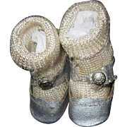 """1.5"""" Vintage Center Snap Doll Shoes Free P&I US Buyers!"""