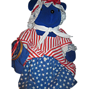 1990 North American Bear Betsy Ross VIB Free P&I  US Buyers!