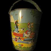 Wonderful Vintage Tin Chein Sand pail & shovel Free P&I US Buyers