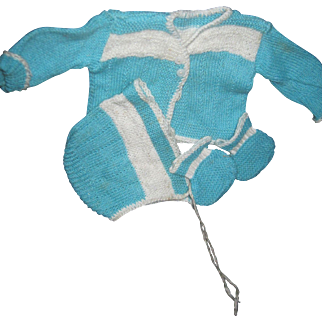 Sweet knit sweater set for Tiny Tears Dy dee and other baby dolls Free P&I US Buyers
