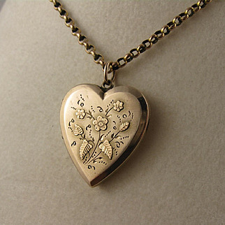 Antique Victorian 9K Rose Gold Heart Locket, Applied & Engraved Flowers