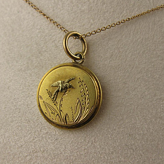 Antique Victorian 15K Gold Aesthetic Movement 'Kingfisher' Bird Pendant and Chain Necklace, Small