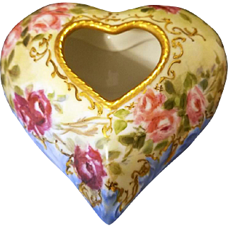 Exquisite Limoges Hand Painted  Heart Shaped Rose Trinket Box Jar