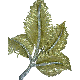 Mid-20th Century 18K Gold Diamonds Leaf Pin Italian Yellow White Gold