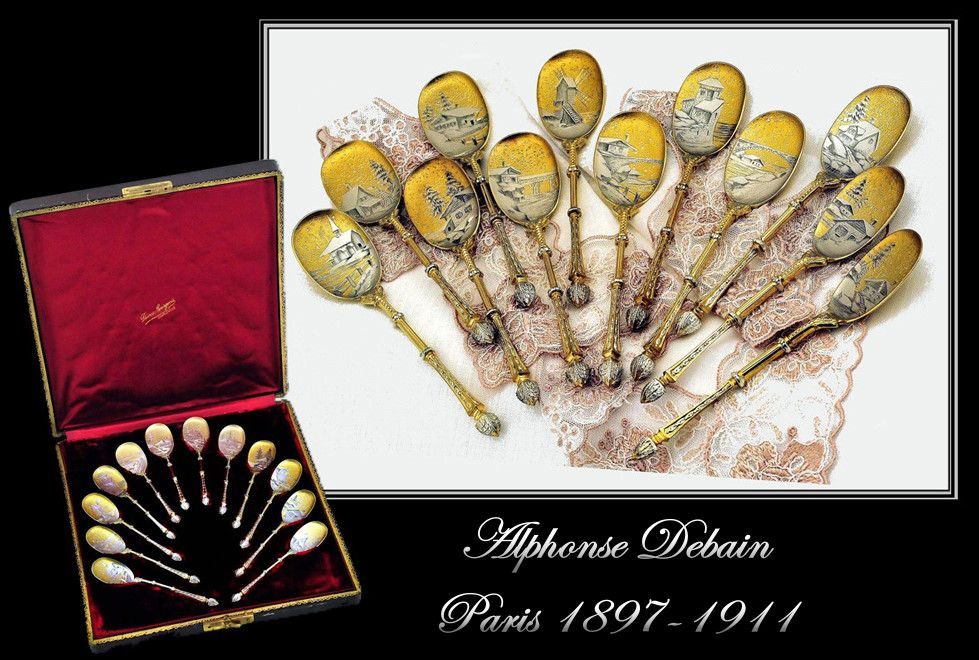 Debain: Boxed Set 12 Antique French Silver Vermeil Spoons a la Russe