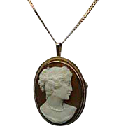 Bejewelled Shell 14K Gold Cameo Pendant Necklace Brooch Lovely