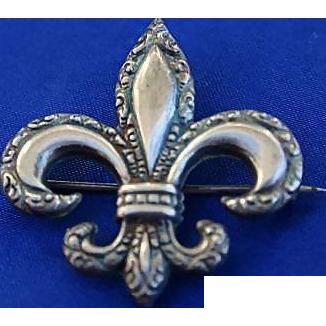Lovely Edwardian Sterling Silver Fleur de lis Pendant Brooch Pin