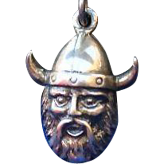 Vintage Sterling Silver Viking Pendant Box Chain Necklace