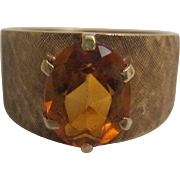 Attractive 10K Gold and Citrine Ring