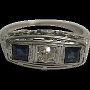 Beautiful 18K Sapphire and Diamond Art Deco Ring