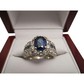 Stunning 18K White Gold, Sapphire and Diamond Ring