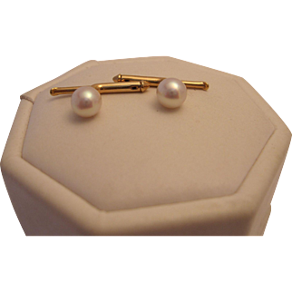 Larter and Sons 14K and Pearl Shirt Studs