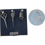 Original French fashion sewing tools on card