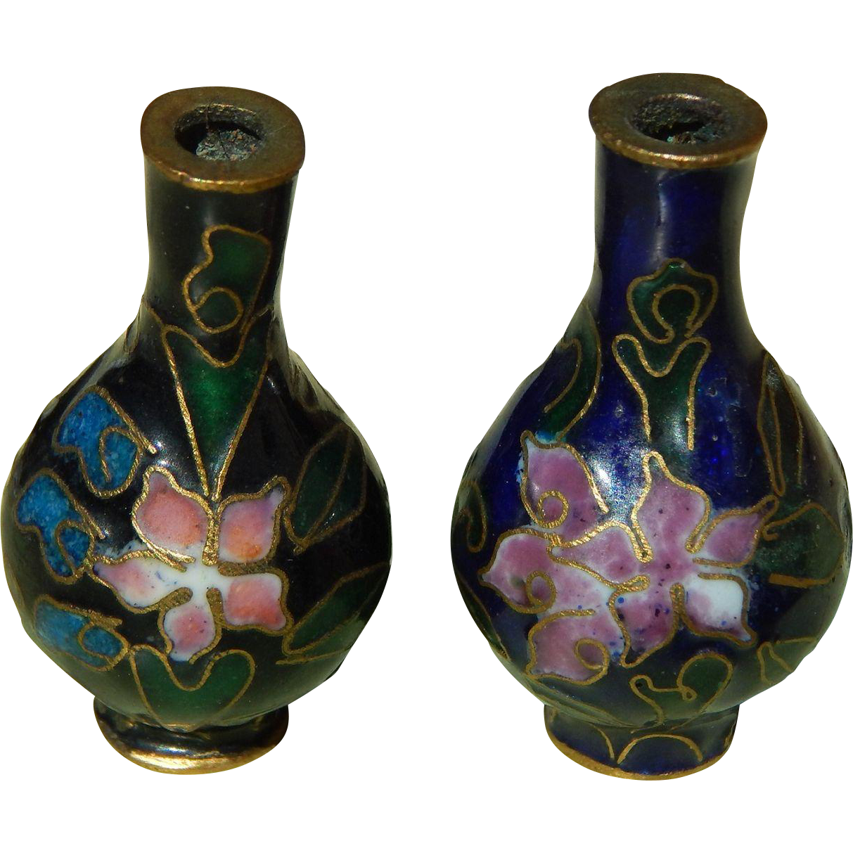 Old miniature cloisonne vases from kimsdollgems on ruby lane old miniature cloisonne vases reviewsmspy