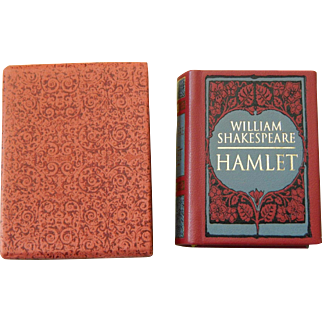 Small leather bound book w/slipcase: Hamlet