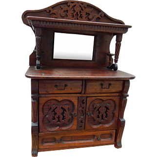 Amazing antique doll sideboard/dry sink