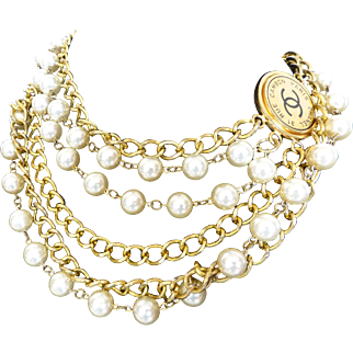 Stunning Chanel Paris New York Gold Tone Chain Faux Pearl Necklace Belt