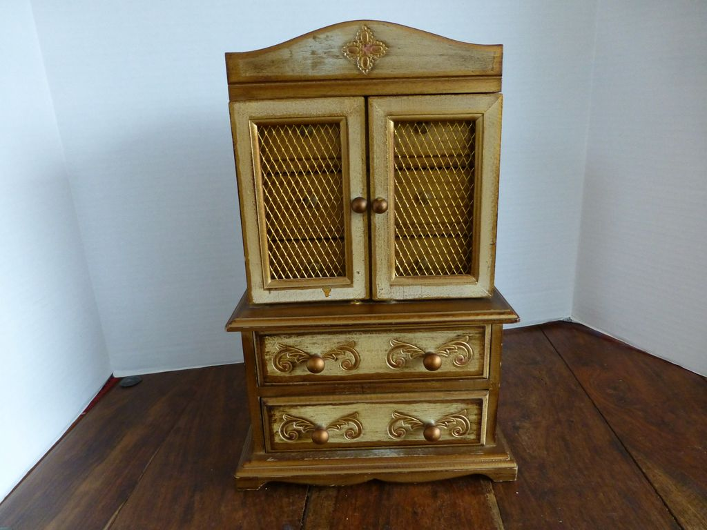 Musical Florentine Style Wooden Jewelry Box