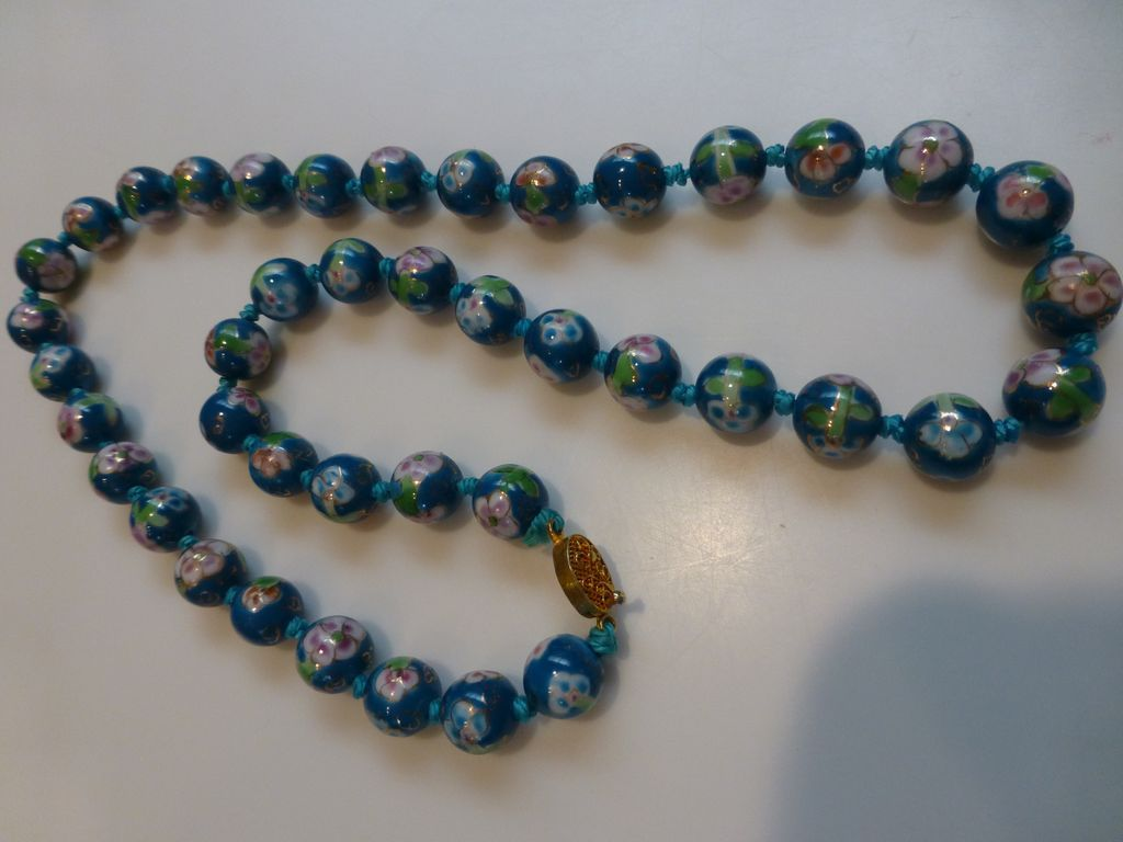 vintage painted glass bead necklace from